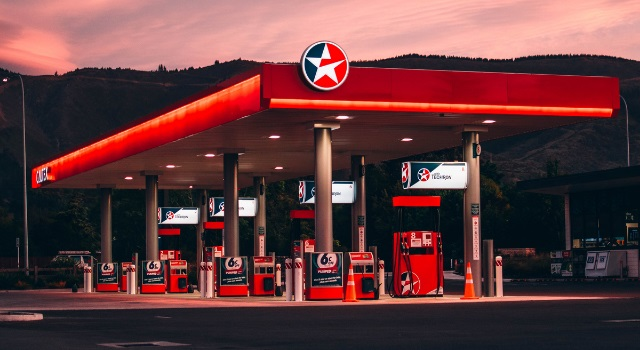High-octane fuel is an expensive gimmick